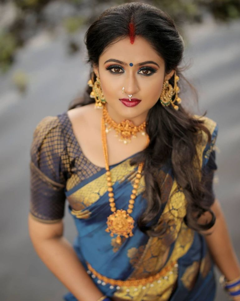 Swathy Nithyanand Bio, Wiki, Age, Husband, Serial, and Beautiful Photos 120