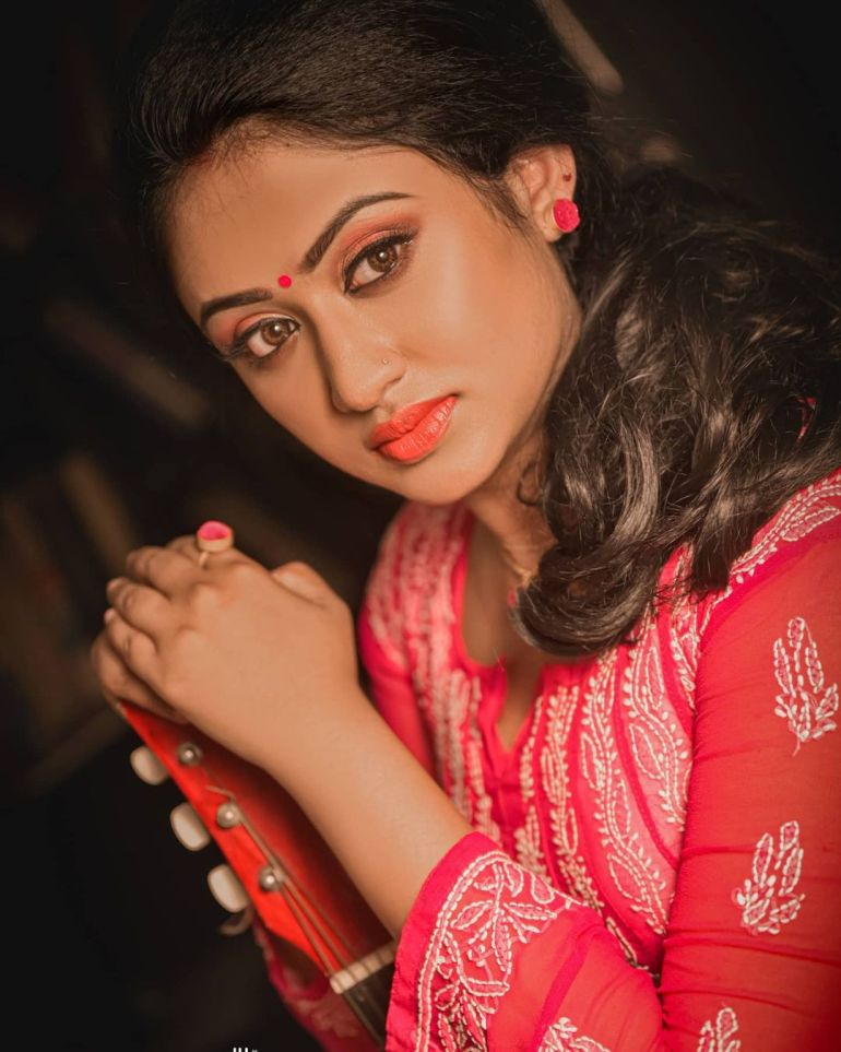 Swathy Nithyanand Bio, Wiki, Age, Husband, Serial, and Beautiful Photos 129
