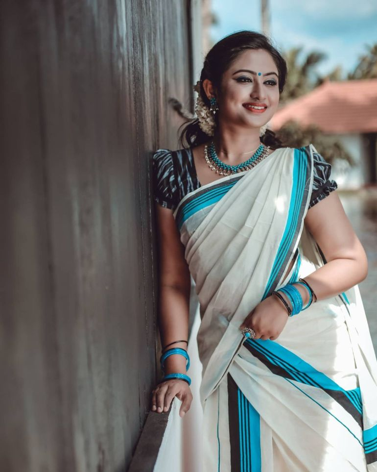 Swathy Nithyanand Bio, Wiki, Age, Husband, Serial, and Beautiful Photos 131