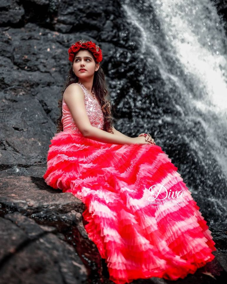 Anaswara Rajan Wiki, Biography, Age, Movies and Beautiful Photos 117