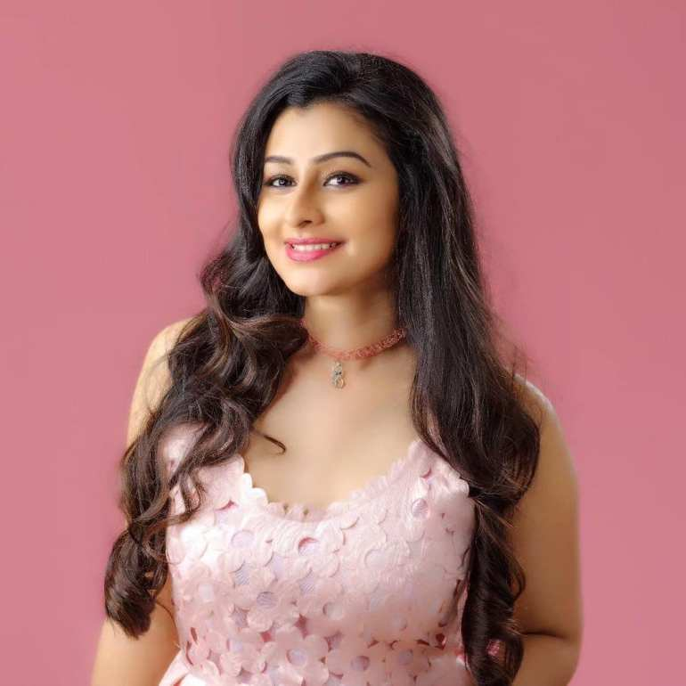 Gaadha Wiki, Age, Biography, Movies, and Gorgeous Photos 126