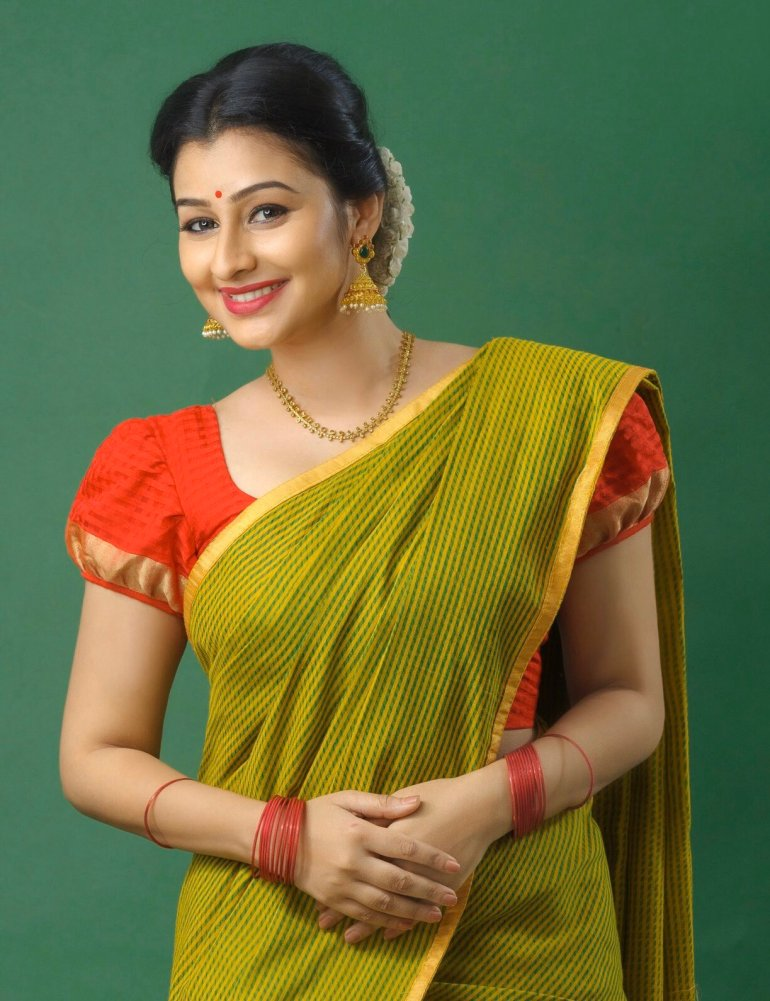 Gaadha Wiki, Age, Biography, Movies, and Gorgeous Photos 118