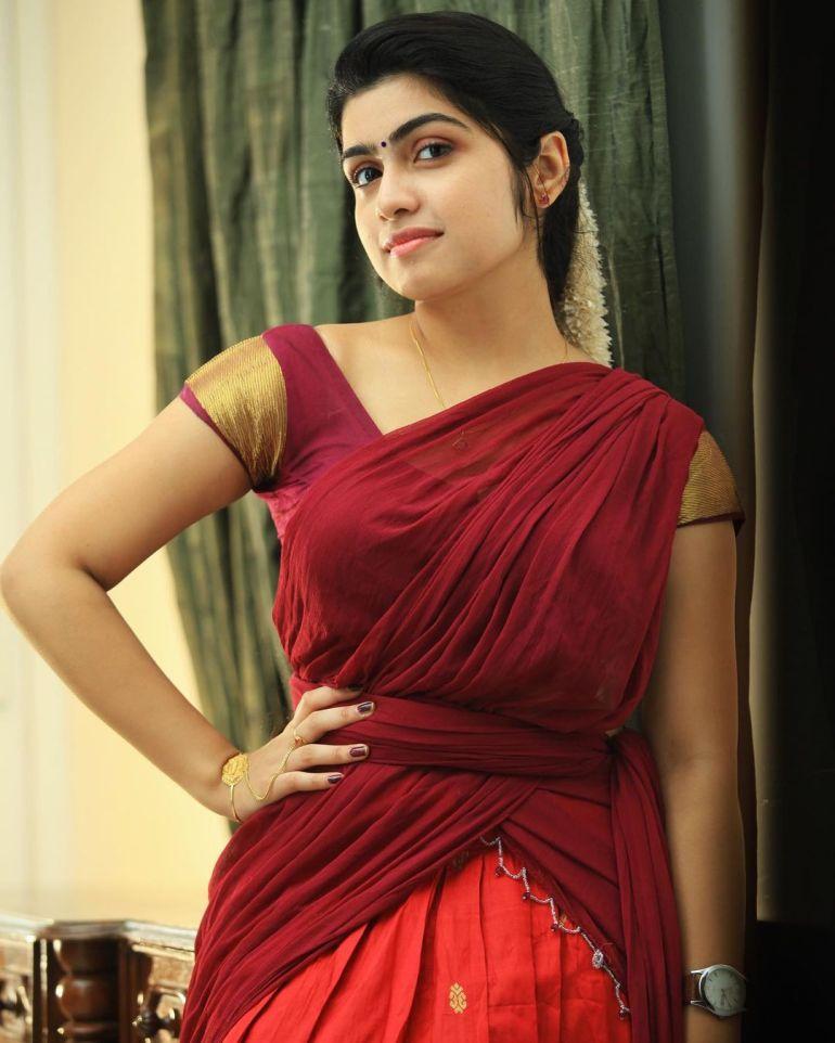 Manasa Radhakrishnan Wiki, Age, Biography, Movies, and Beautiful Photos 108