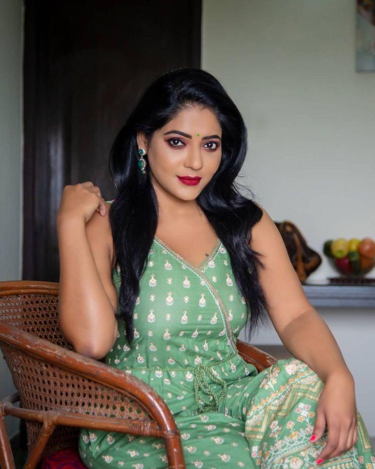 Reshma Pasupuleti Wiki, Age, Biography, Movies, and Glamorous Photos 101
