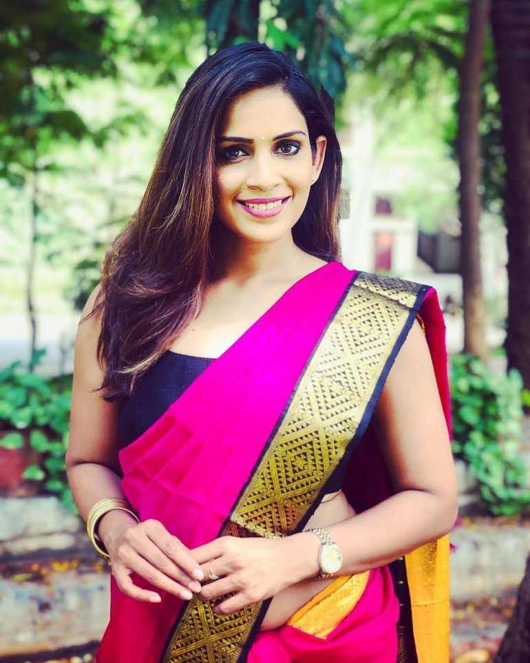 Samyuktha Karthik Wiki, Age, Bio, Movies, Husband, and Beautiful Photos 110