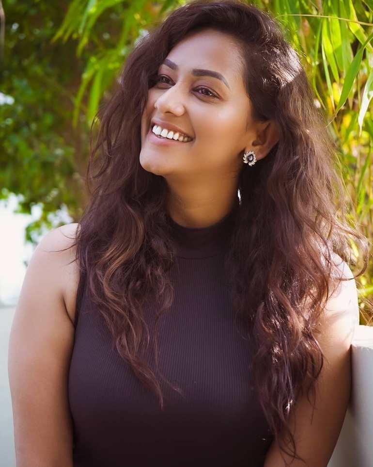 Sanjana Singh Wiki, Age, Biography, Movies, and Beautiful Photos 119