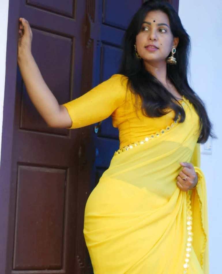 Shanaya Shaanu (Shanaya Shanu) Wiki, Age, Biography, Movies, and Gorgeous Photos 124