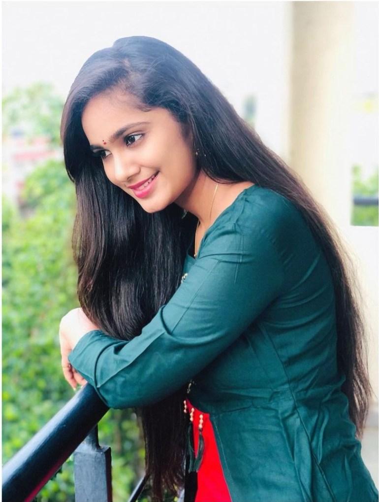 Tejaswini Gowda Wiki, Biography, Age, Boyfriend, Serial, and Beautiful Photos 114