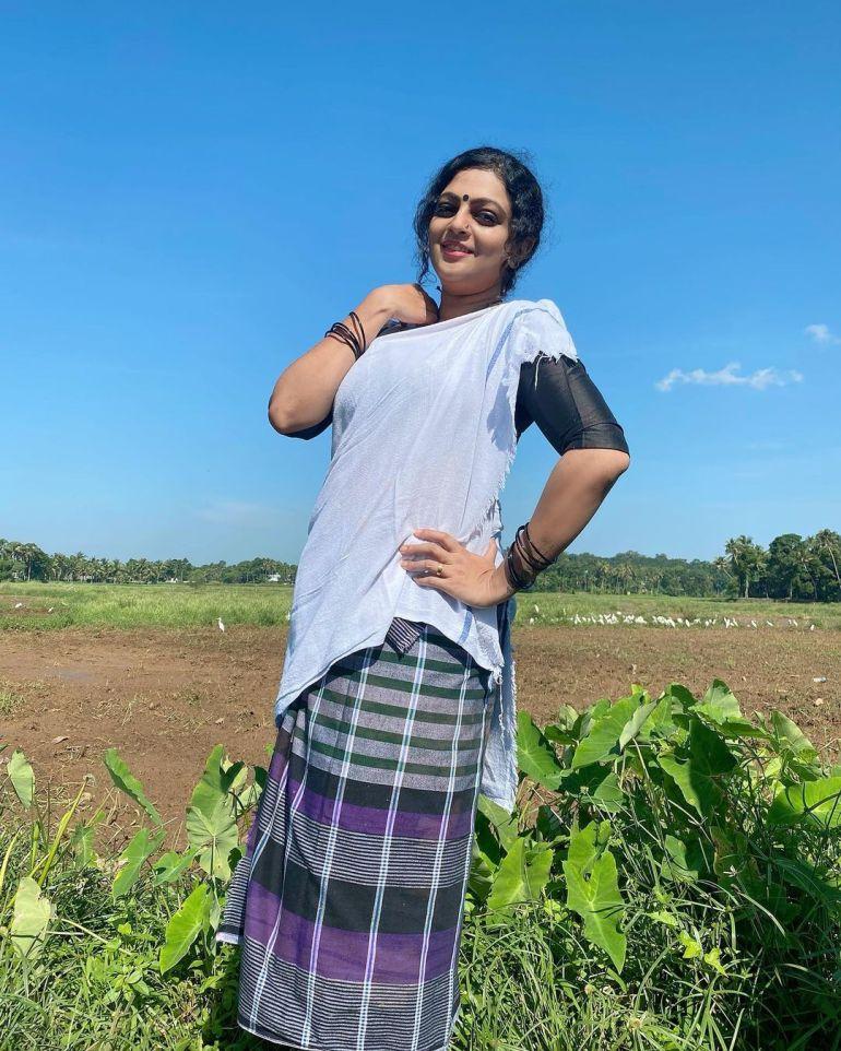 Aswathy Sreekanth Wiki, Age, Biography, Movies, Serial, and Beautiful Photos 112