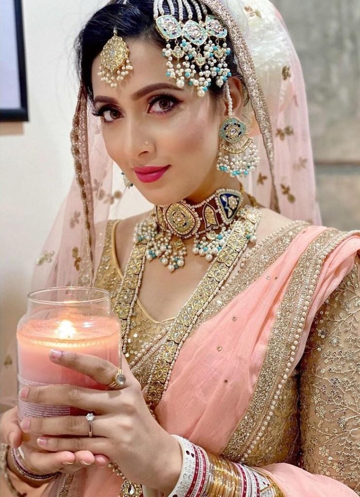 Bidya Sinha Saha Mim Gorgeous Photos, Wiki, Age, Biography, and Movies 121