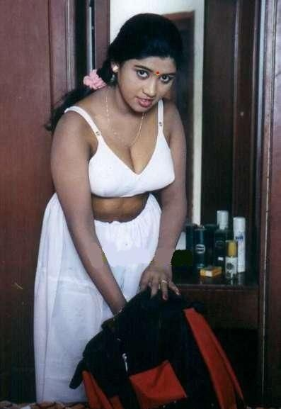 Check out this Popular South Indian B-Grade Glamorous Actresses 145