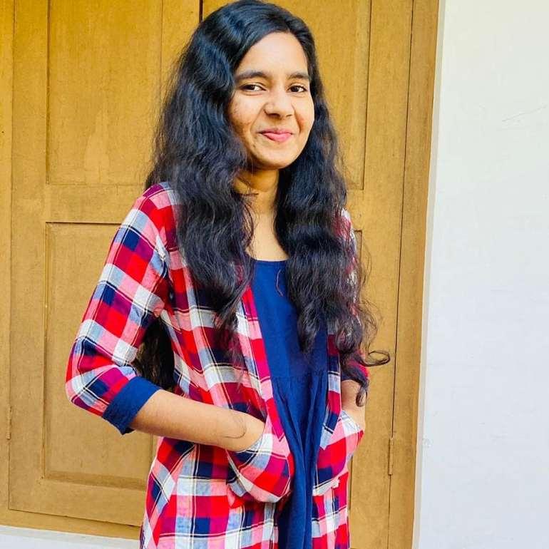 Lakshmi Unnikrishnan (Chakkapazham fame) Wiki, Age, Biography, Movies, and Beautiful Photos 126