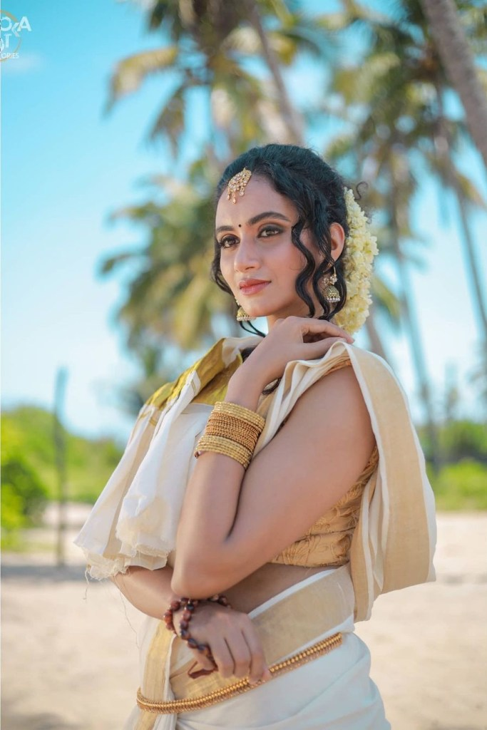 Nileen Sandra Wiki, Age, Biography, Movies, web series, and Gorgeous Photos 119