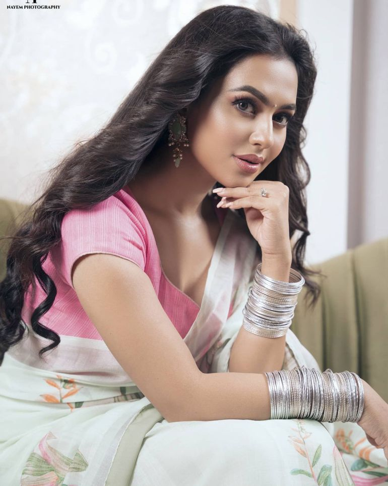 Nusraat Faria Mazhar Gorgeous Photos, Wiki, Age, Biography, and Movies 119