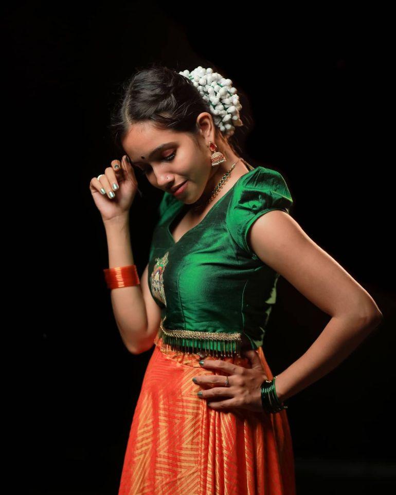 "Parvathy Das ""Thatmallucassy"" Wiki, Age, Biography, Web series, and Beautiful Photos 118"