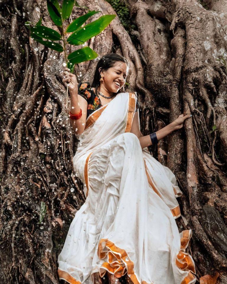 "Parvathy Das ""Thatmallucassy"" Wiki, Age, Biography, Web series, and Beautiful Photos 114"
