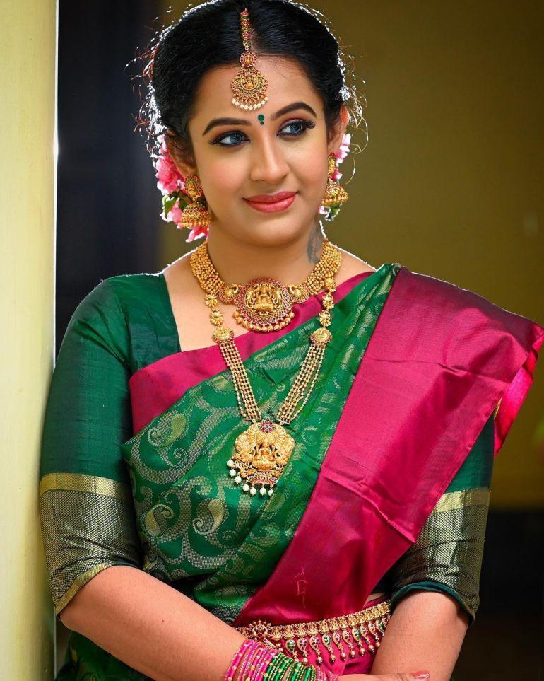 Sowbhagya Venkitesh Wiki, Age, Biography, Movies, web series, and Gorgeous Photos 111
