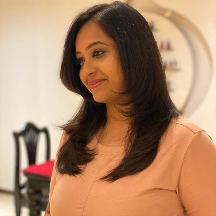Sowbhagya Venkitesh Wiki, Age, Biography, Movies, web series, and Gorgeous Photos 123