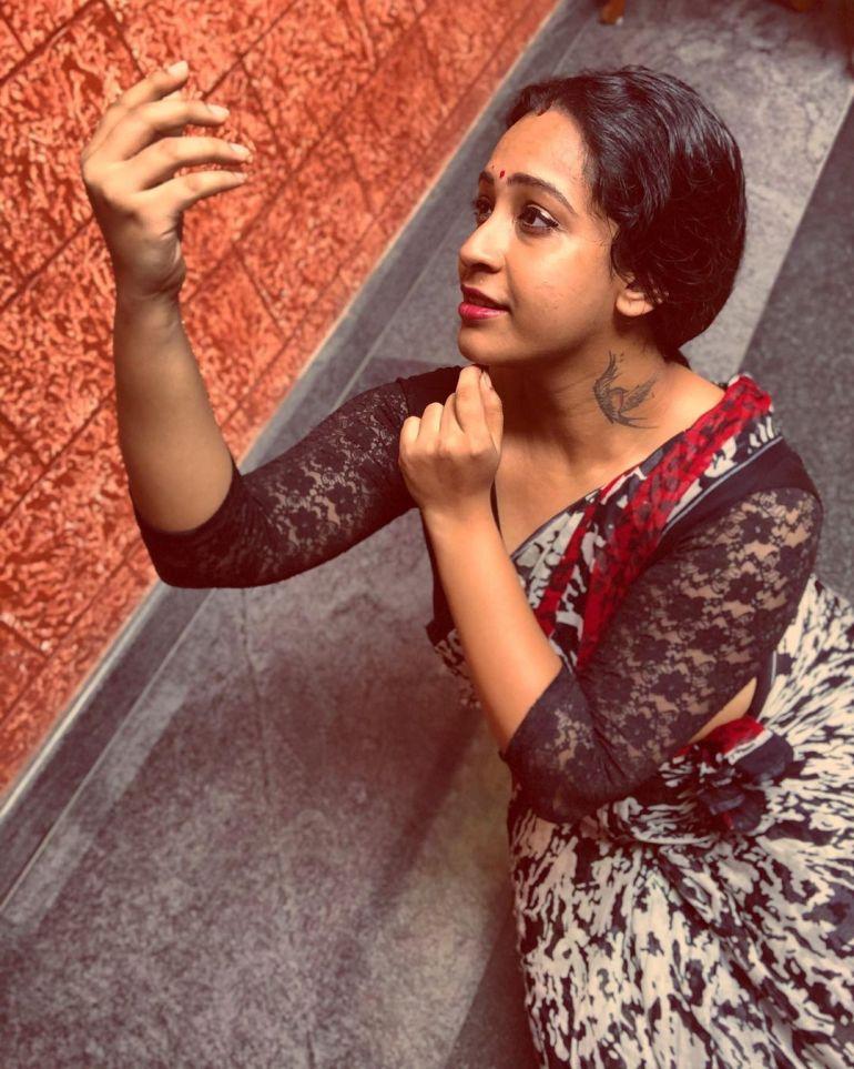 Sowbhagya Venkitesh Wiki, Age, Biography, Movies, web series, and Gorgeous Photos 103