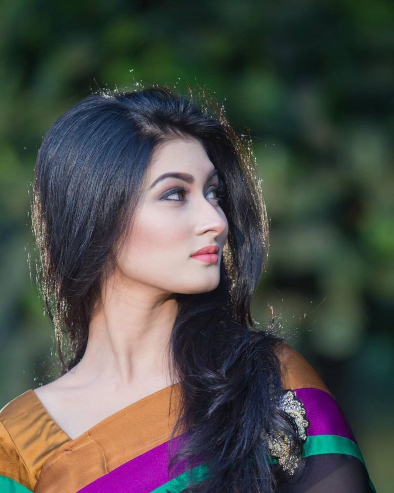 Umme Ahmed Shishir Gorgeous Photos, Wiki, Age, Biography, and Movies 109