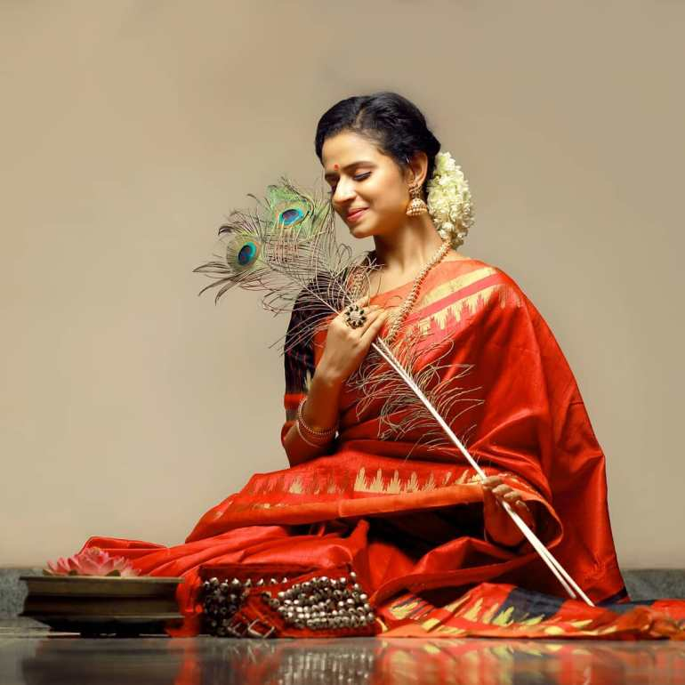 Meenakshi Raveendran Wiki, Age, Biography, Movies, and Beautiful Photos 107
