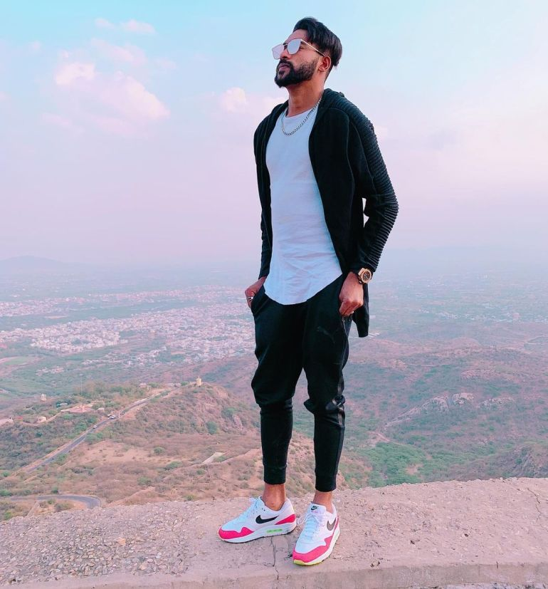 Mohammed Siraj Wiki, Age, Biography, Family, Career, and HD Photos 106