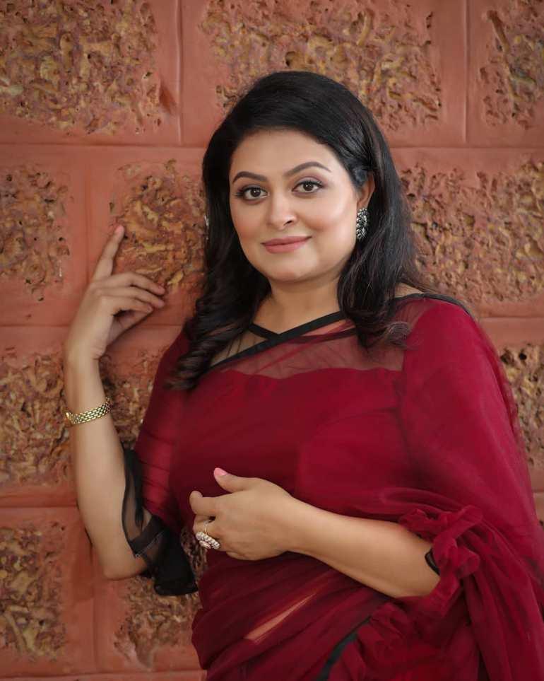 Sabitta George ( Chakkapazham Serial fame) Wiki, Age, Biography, Serial, Movies, and 27+ Beautiful Photos 115