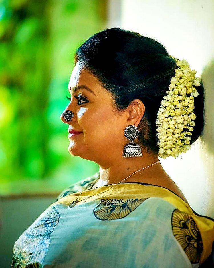 Sabitta George ( Chakkapazham Serial fame) Wiki, Age, Biography, Serial, Movies, and 27+ Beautiful Photos 101