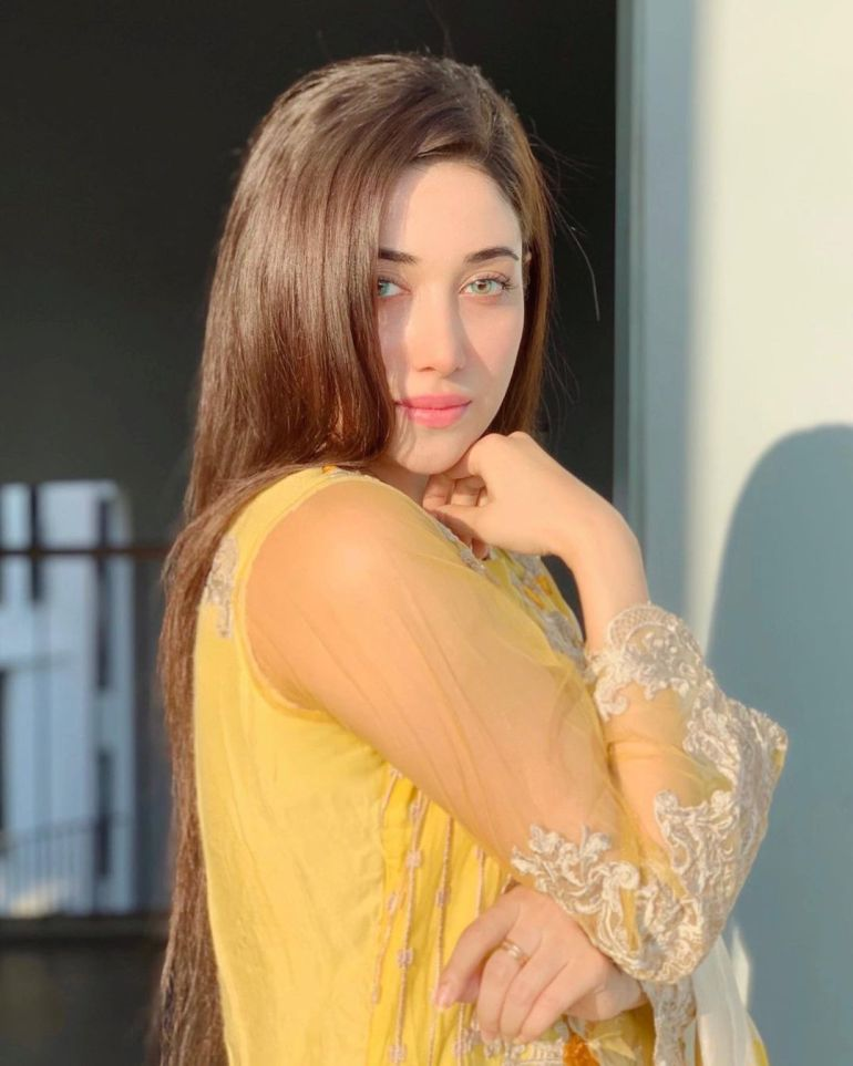 Sanjana Sarkar Riya Gorgeous Photos, Wiki, Age, Biography, and Movies 122