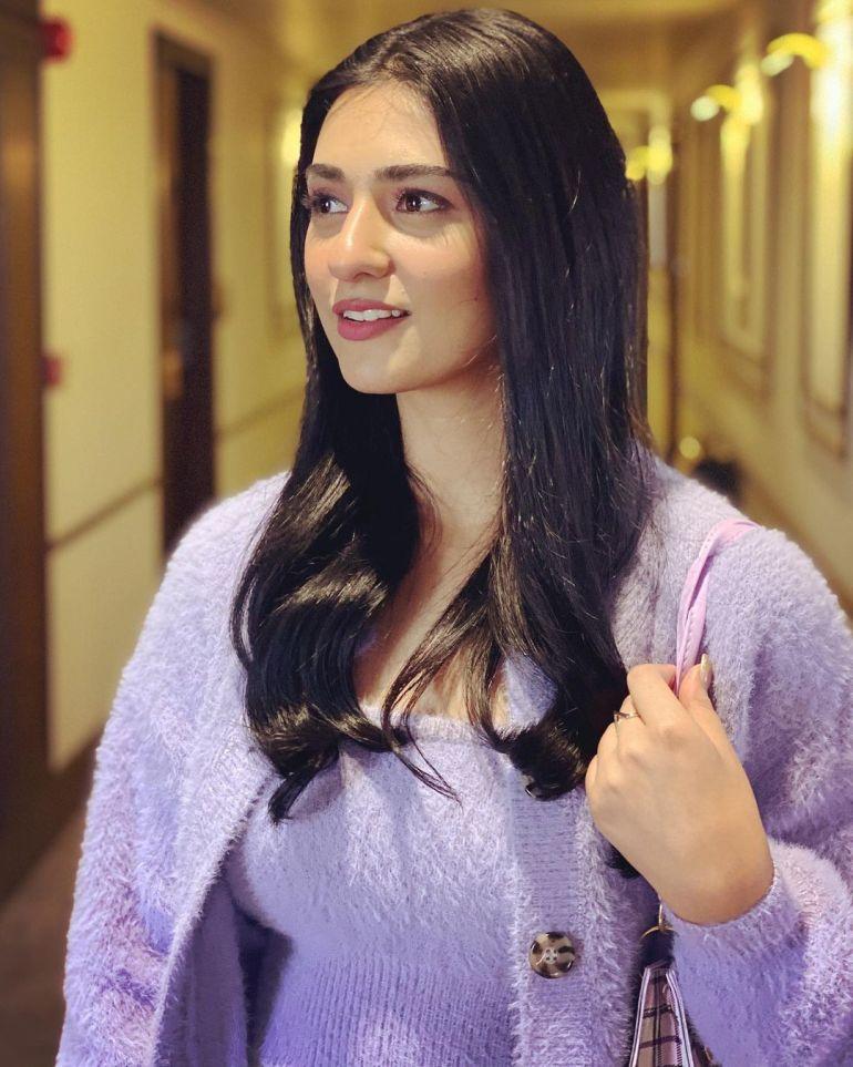 Sarah Khan (Pakistani Actress) Wiki, Age, Biography, Movies, and 21+ Gorgeous Photos 114