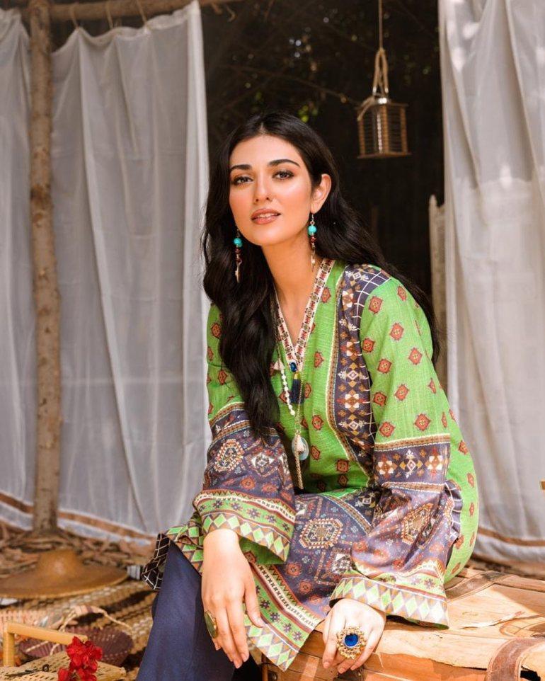 Sarah Khan (Pakistani Actress) Wiki, Age, Biography, Movies, and 21+ Gorgeous Photos 101