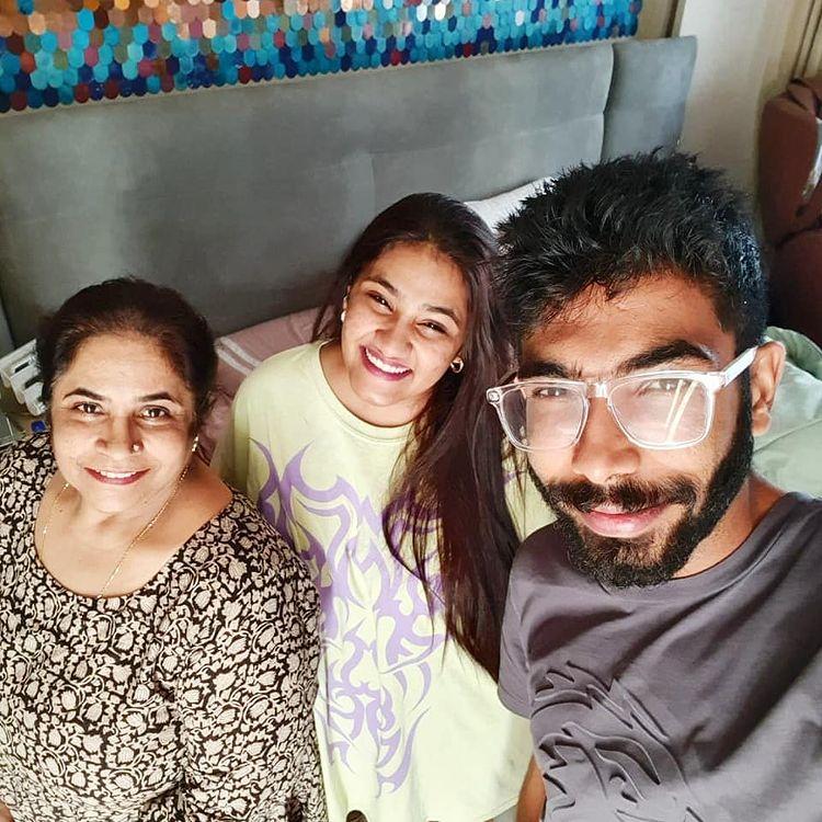 Jasprit Bumrah Wiki, Age, Biography, Family, Career, and HD Photos 115