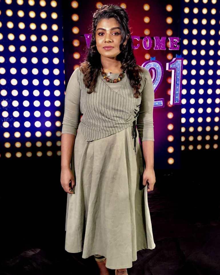Lekshmi Jayan (Malayalam Big Boss Contestant) Wiki, Age, Biography, and Beautiful Photos 115