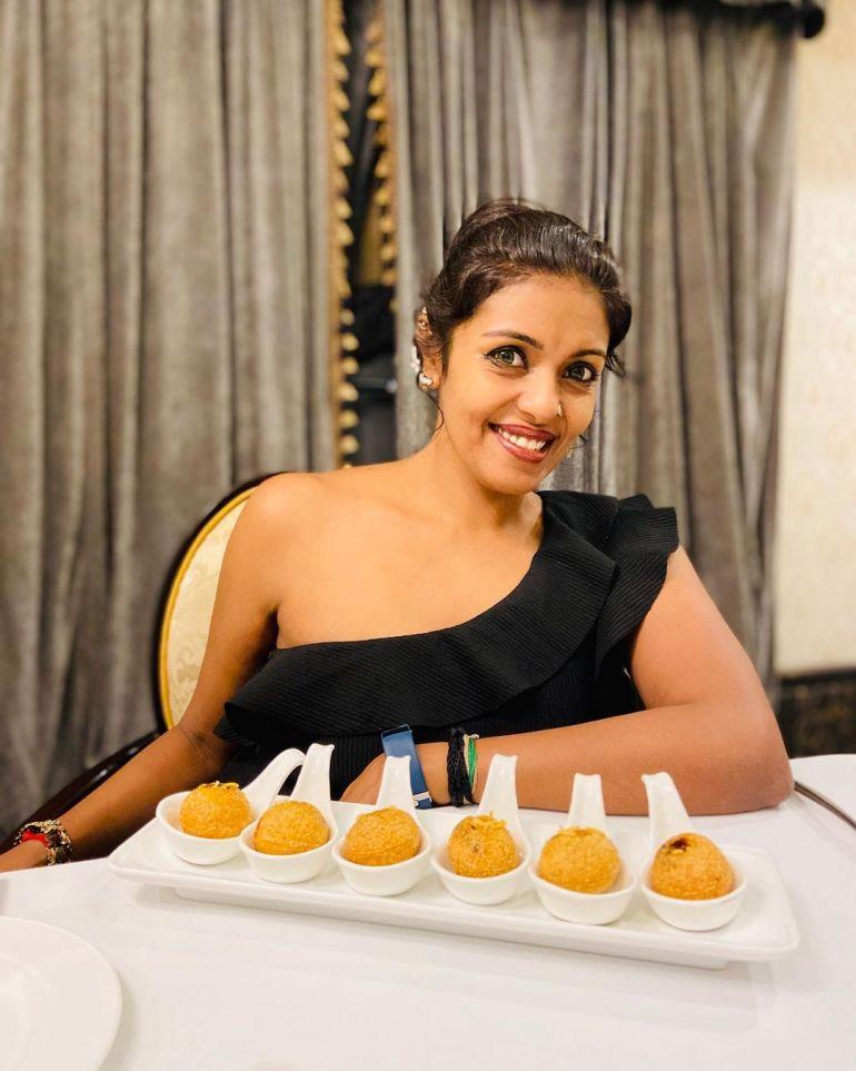Sandhya Manoj (Malayalam Big Boss Contestant) Wiki, Age, Biography, and Beautiful Photos 111
