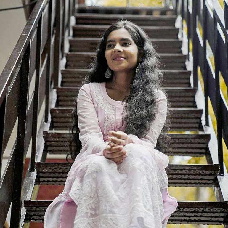 Lakshmi Unnikrishnan (Chakkapazham fame) Wiki, Age, Biography, Movies, and Beautiful Photos 119