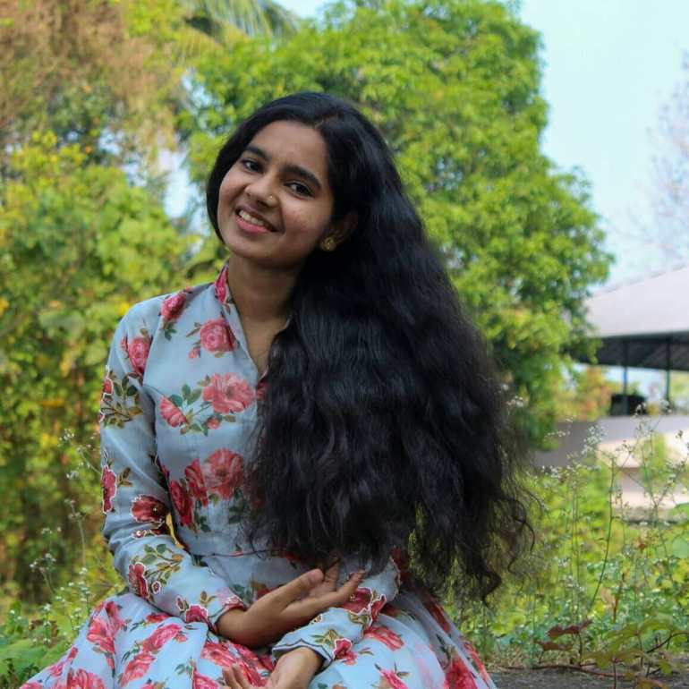 Lakshmi Unnikrishnan (Chakkapazham fame) Wiki, Age, Biography, Movies, and 33+ Beautiful Photos 120