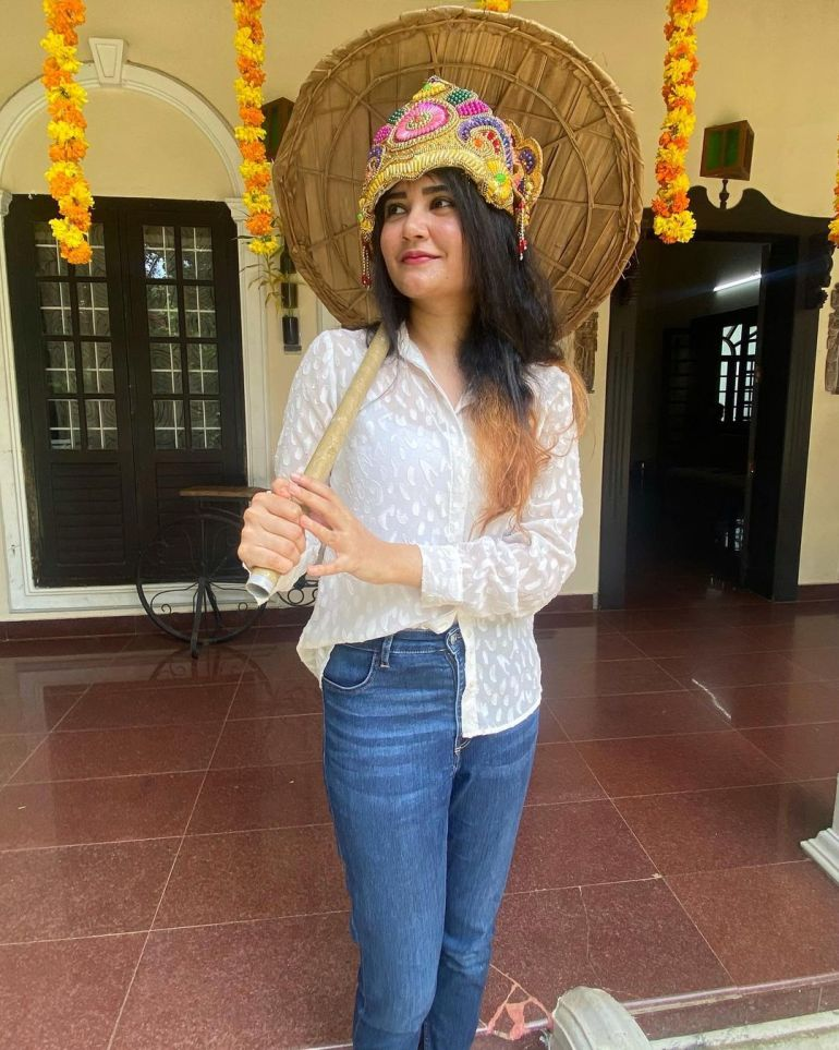 Aiswarya Unni Wiki, Age, Biography, Movies and Beautiful Photos 118