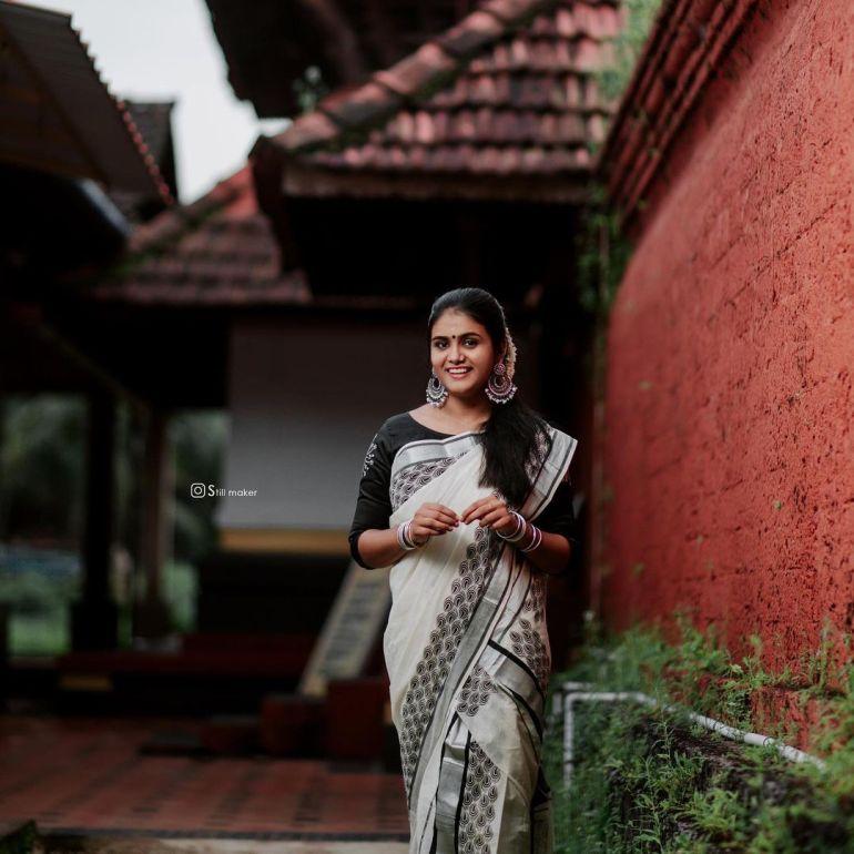 Aami Ashok Wiki, Age, Biography, Movies and Beautiful Photos 112