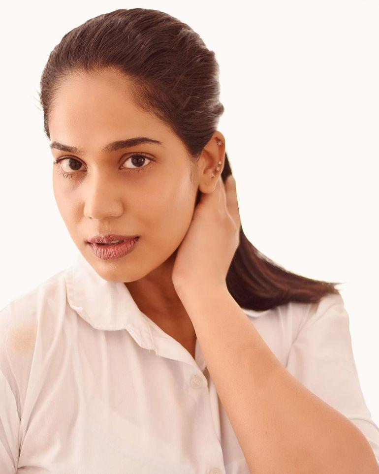Athira Madhav Wiki, Age, Biography, Net worth, and 21 + Beautiful Photos 110