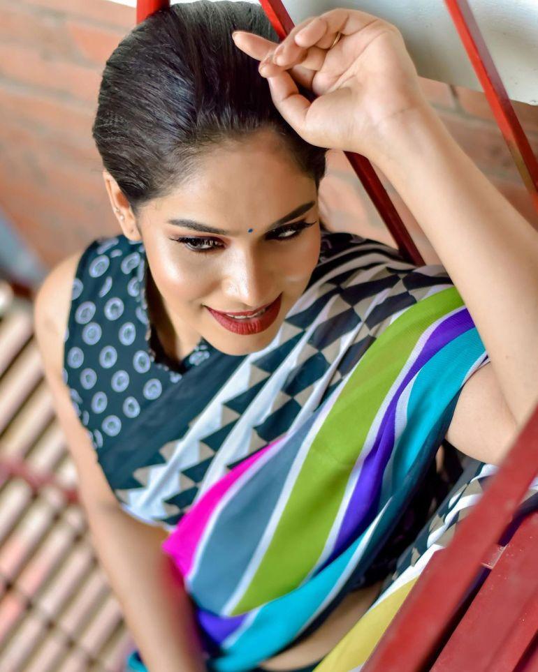 Athira Madhav Wiki, Age, Biography, Net worth, and 21 + Beautiful Photos 102