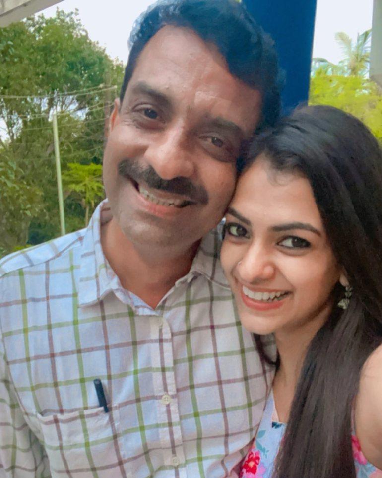 chaithania_prakash family