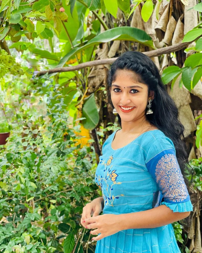 Kalyani Anil Wiki, Age, Biography, Net worth, and 21 + Beautiful Photos 98