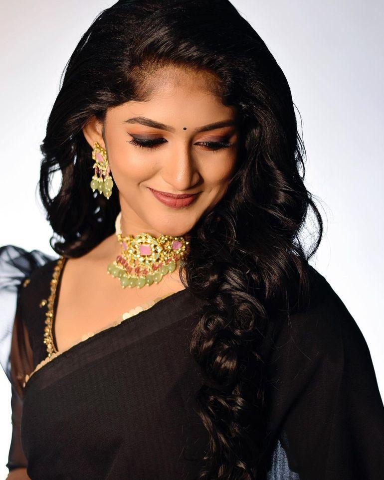 Kalyani Anil Wiki, Age, Biography, Net worth, and 21 + Beautiful Photos 100