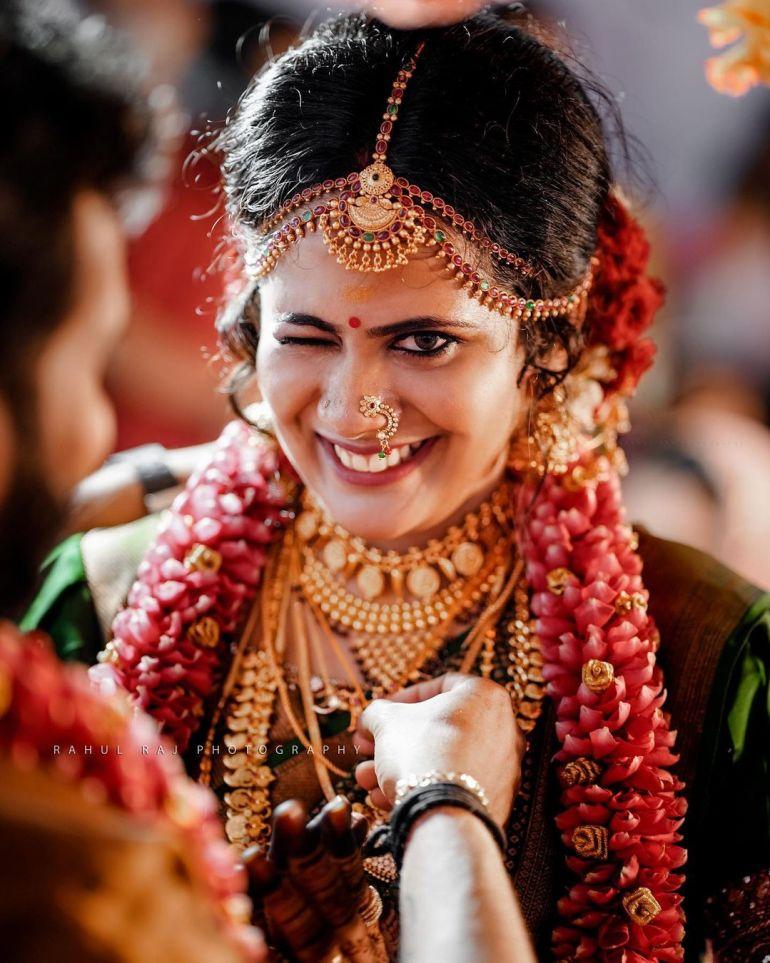 Nayana Variyath Wiki, Age, Biography, Net worth, and 18 + Beautiful Photos 105