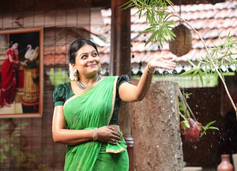 Sabitta George ( Chakkapazham Serial fame) Wiki, Age, Biography, Serial, Movies, and 27+ Beautiful Photos 125