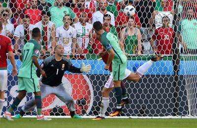 Cristiano Ronaldo faz o 3-3 para Portugal | FOTO: EPA/CJ GUNTHER