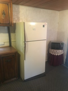 Kitchen refrigerator / freezer