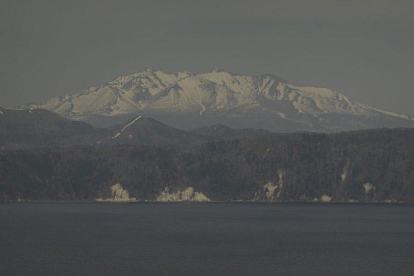 摩周湖からの斜里岳