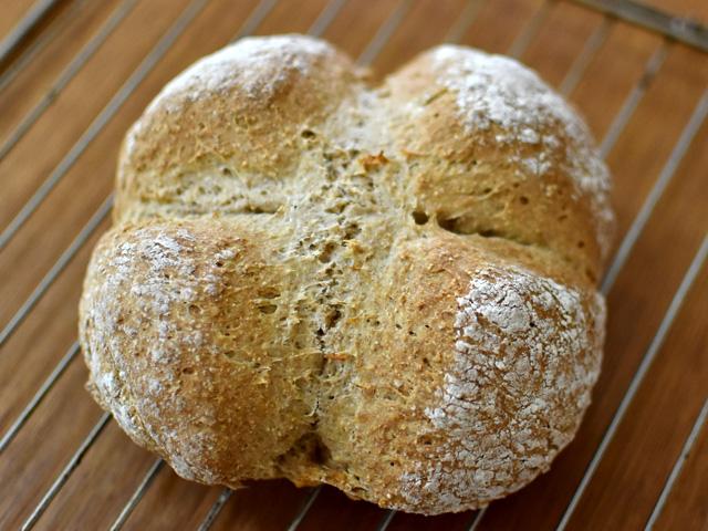 【番外編】雑に作るほど成功!アイルランドのソーダブレッド Irish Soda Bread
