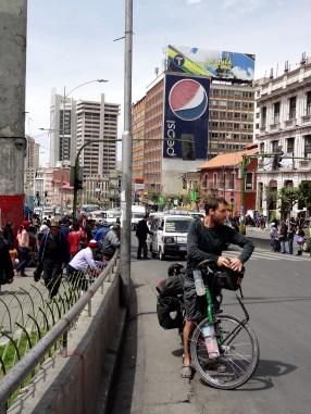 raus aus La Paz